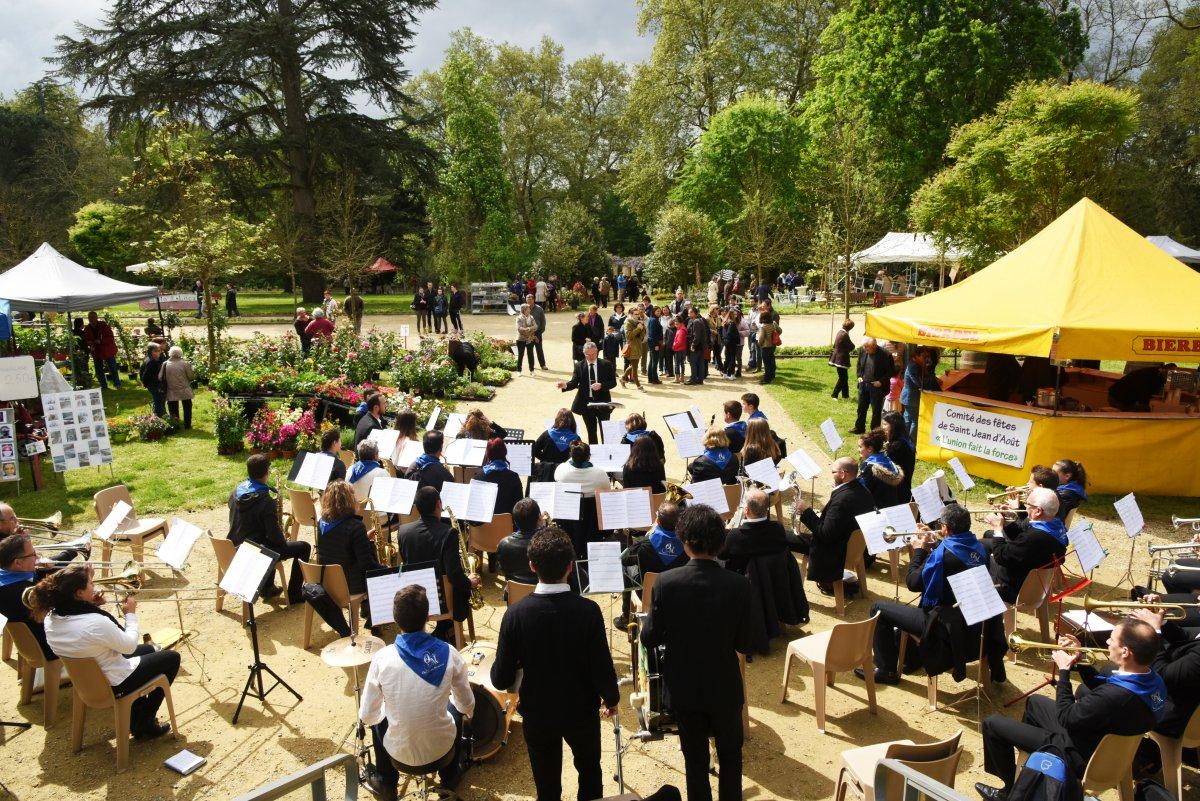 F tes des jardins 2016 orchestre montois orchestre d for Jardin d aywiers 2016